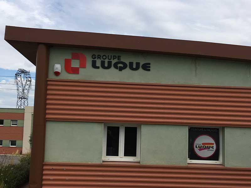 Enseigne lettres boîtiers - Groupe Luque